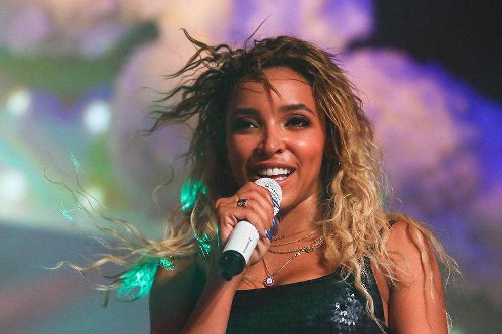 Does Tinashe's 'Joyride' top 'Nightride'?