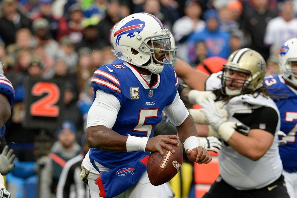 Does Buffalo Bills quarterback Tyrod Taylor deserve to be benched?