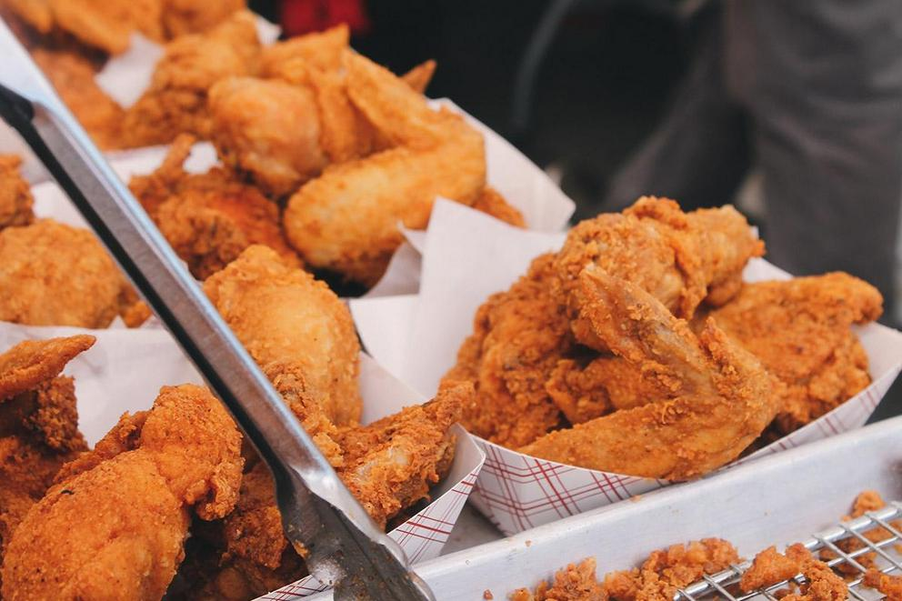 Which is the better wing: flats or drumsticks?