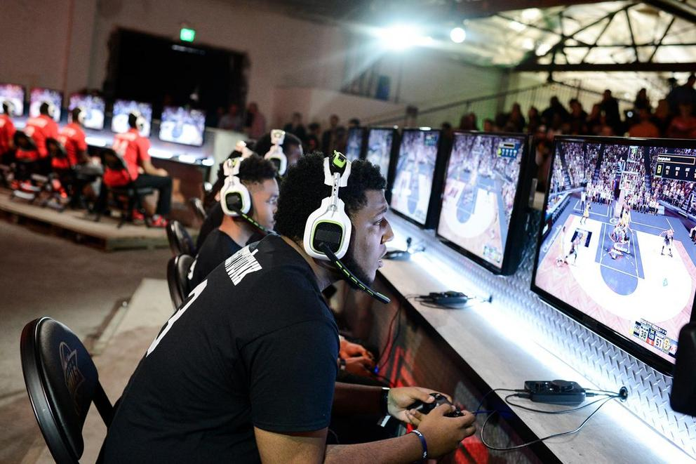 Should professional video gamers be considered athletes?
