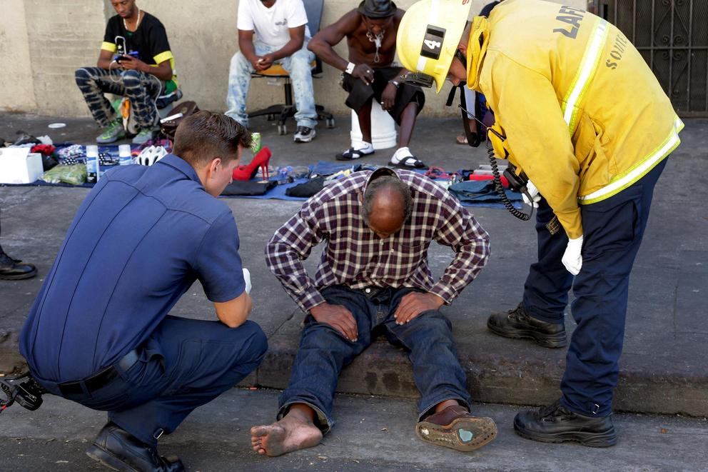 Gov. of California asked to declare homelessness a state of emergency