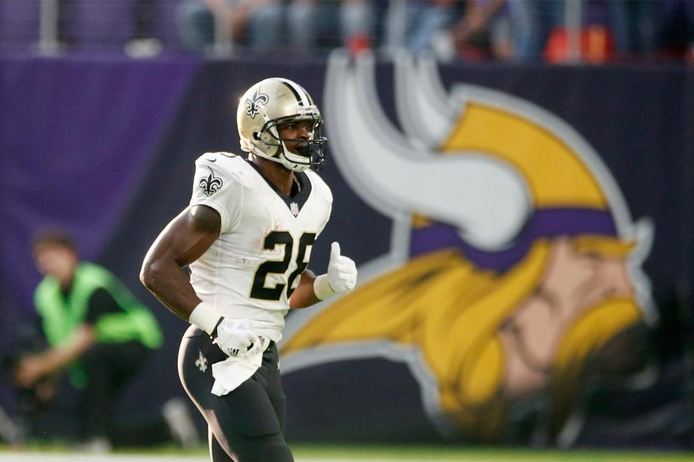 Is Adrian Peterson getting a fair chance in New Orleans?