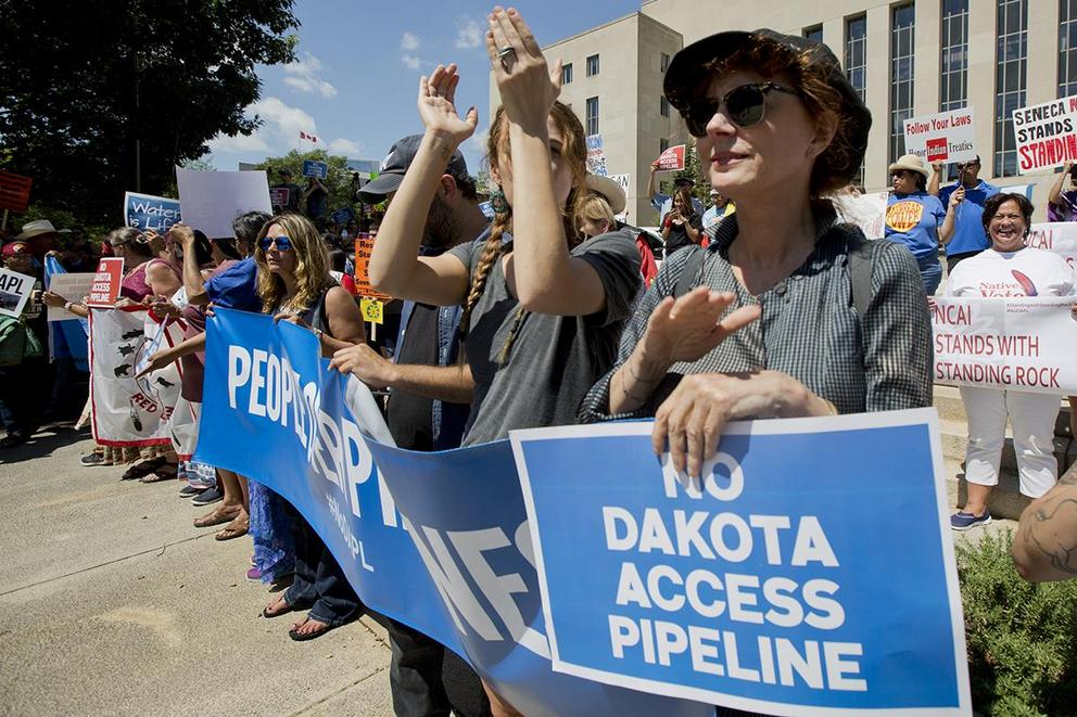 Should the Dakota Access Pipeline be constructed?
