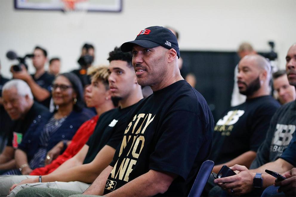 Should LaVar Ball join the WWE?