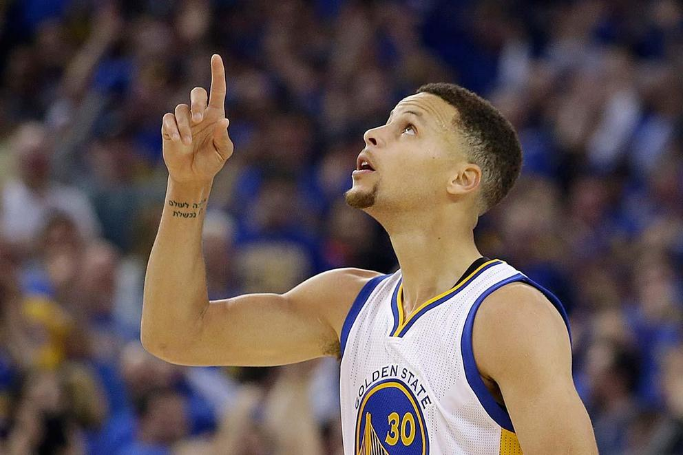 Steph Curry to be named NBA MVP two years in a row