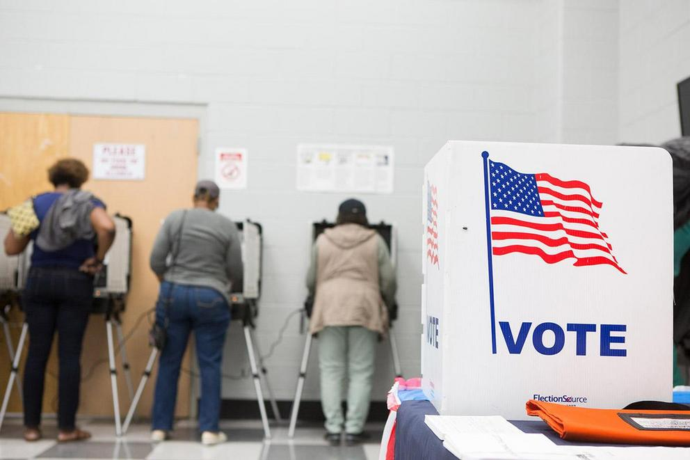 Should early voting be a constitutional right?