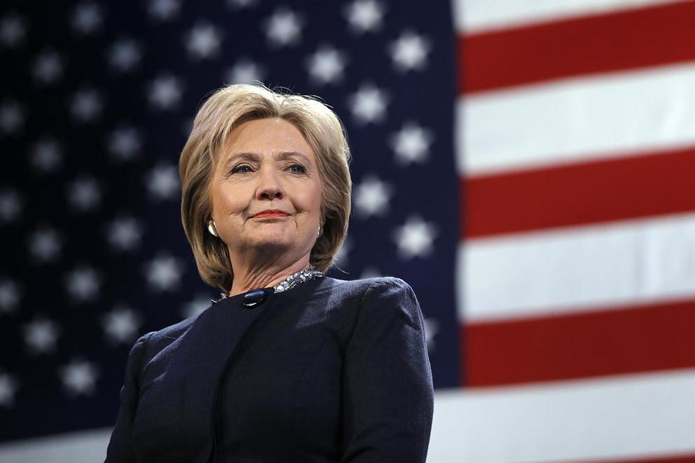 Does Hillary Clinton 'look' presidential?