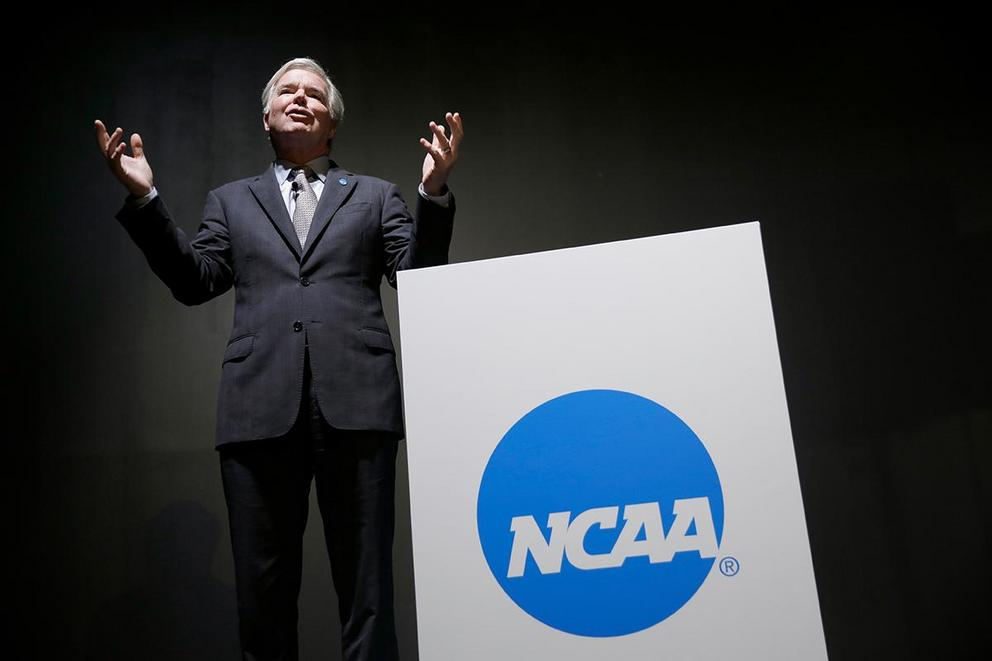 Should the NCAA allow Division I transfer students to be immediately eligible?