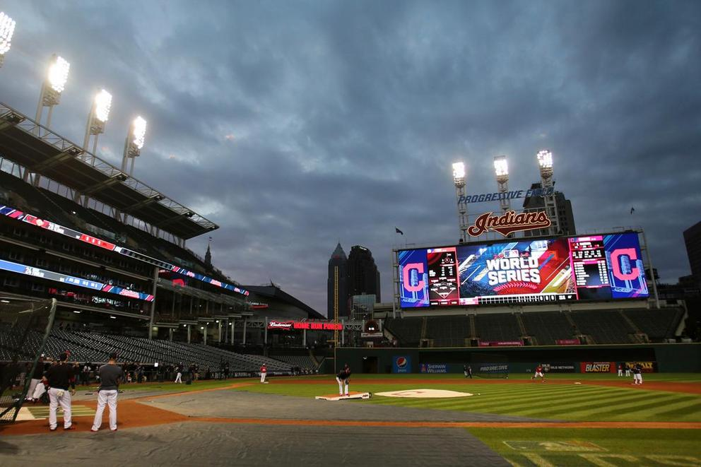 Who will win the World Series: Chicago Cubs or Cleveland Indians?