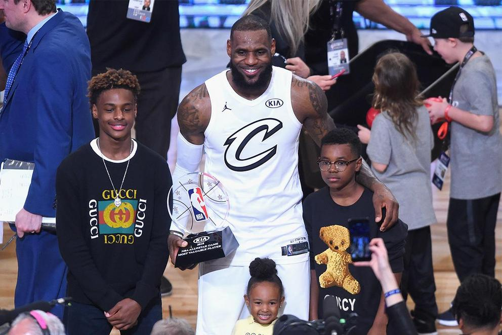 Is LeBron James too extra at his son's basketball games?
