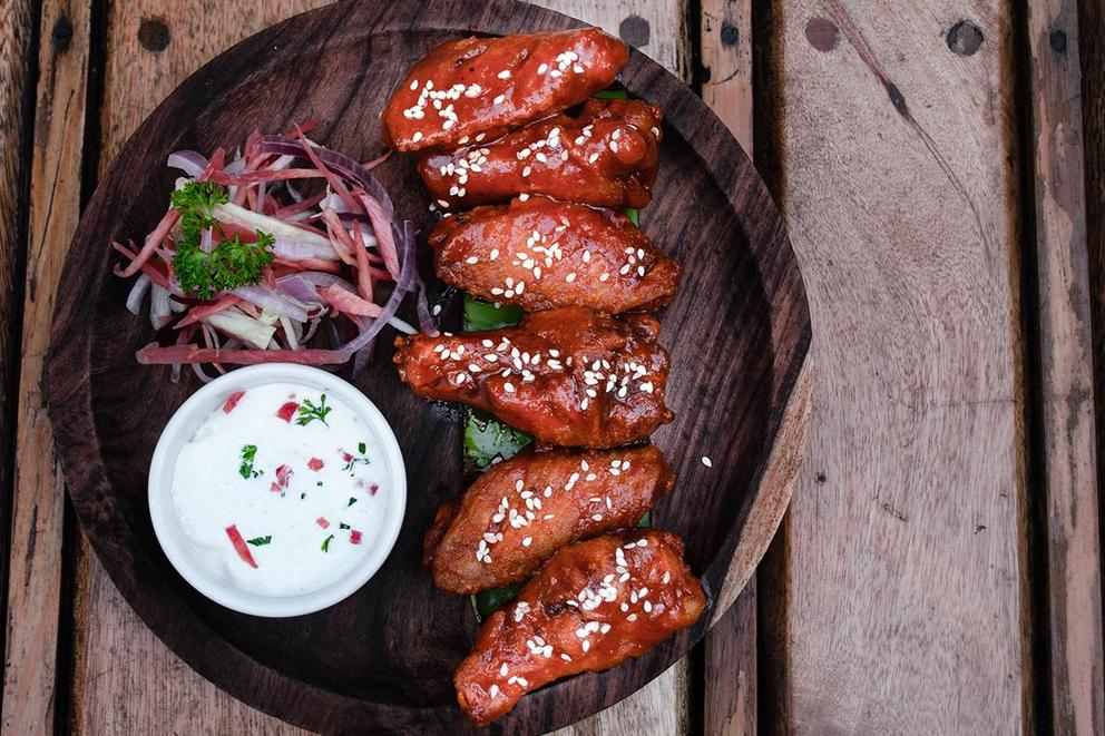 Which wing is best: bone-in or boneless?