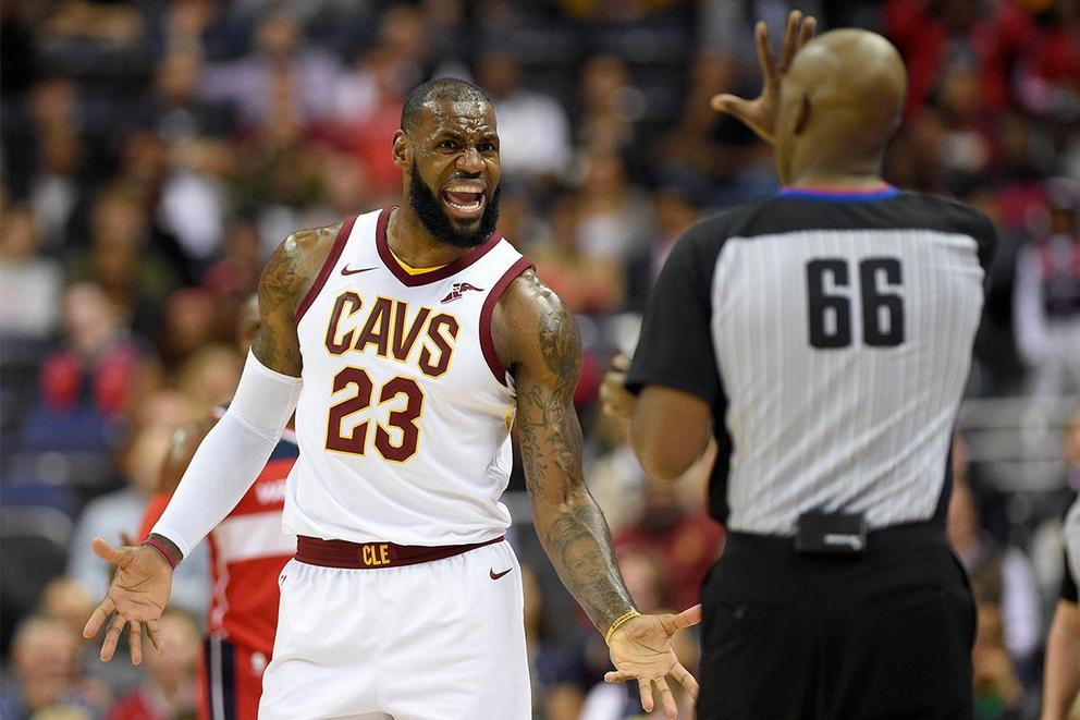 Is it time for Cleveland Cavaliers fans to panic?