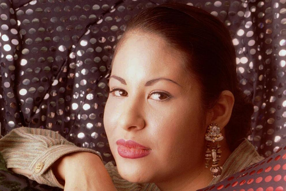 Selena's most iconic album: 'Amor Prohibido' or 'Dreaming of You'?