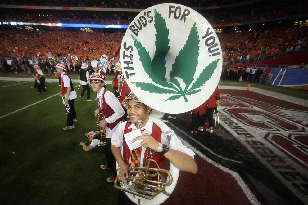 Is marijuana better for athletes than painkillers?
