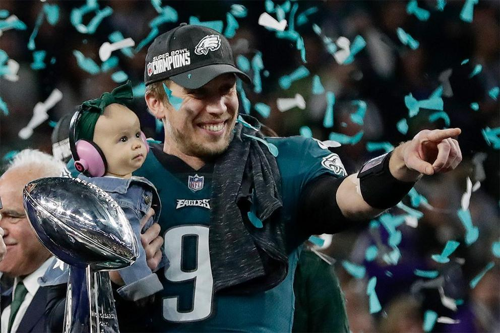 Should the Philadelphia Eagles trade Nick Foles?