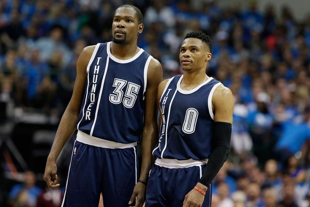 "Kevin Durant calls Mavericks owner Mark Cuban ""an idiot"""