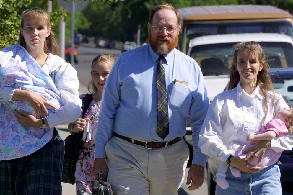 Should polygamy be legalized?