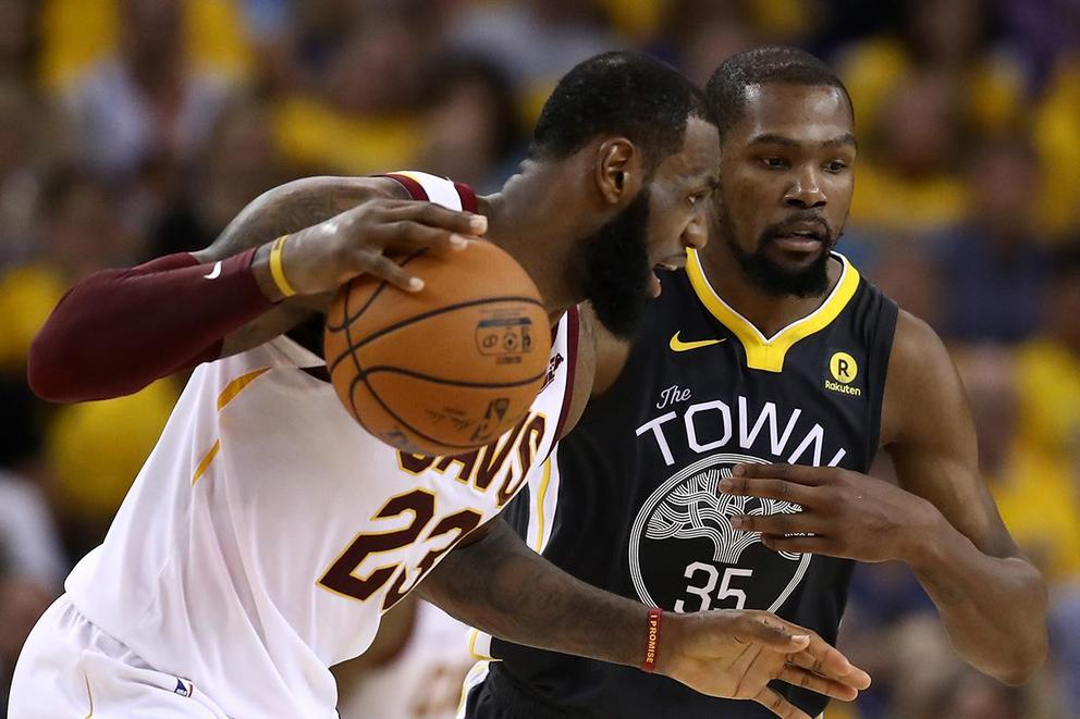 Best 1-on-1 NBA player ever: LeBron James or Kevin Durant?