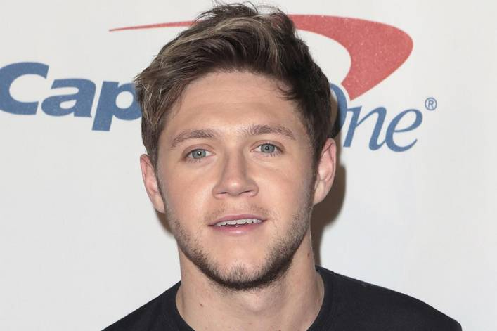 Niall Horan's best hit from 'Flicker' so far: 'This Town' or 'Slow Hands'?