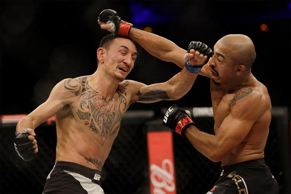 Who will win the featherweight title at UFC 218: Jose Aldo or Max Holloway?