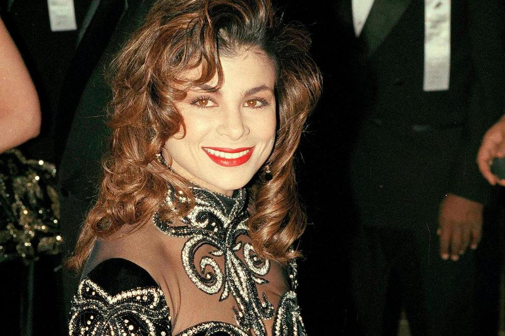 Paula Abdul's most iconic hit: 'Straight Up' or 'Opposites Attract'?