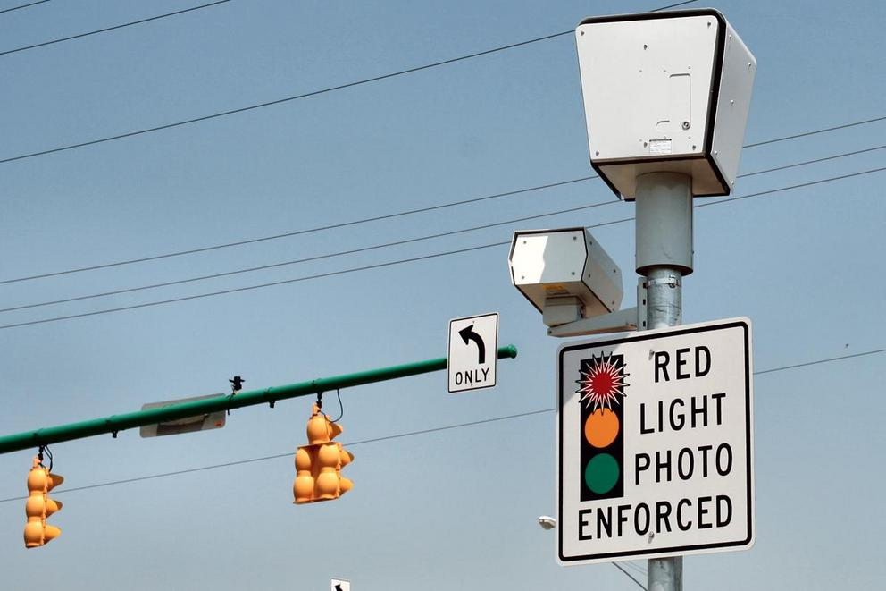 Should we get rid of red light cameras?