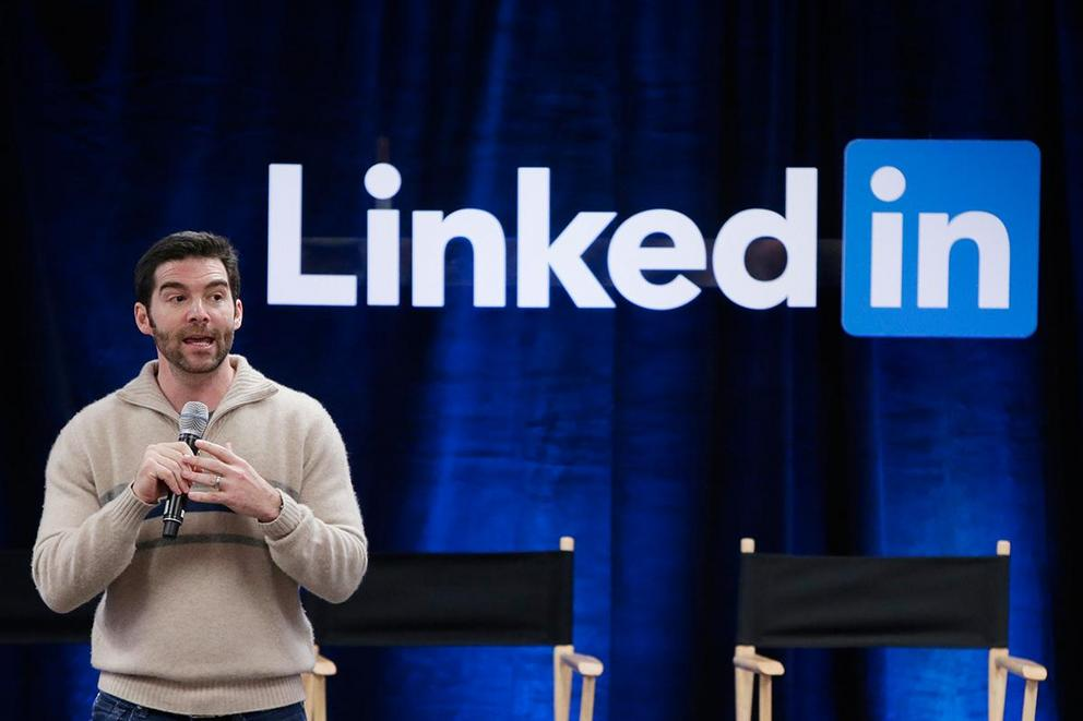 Microsoft to buy LinkedIn for $26.2 billion. Is this a good deal? Or a big fail?