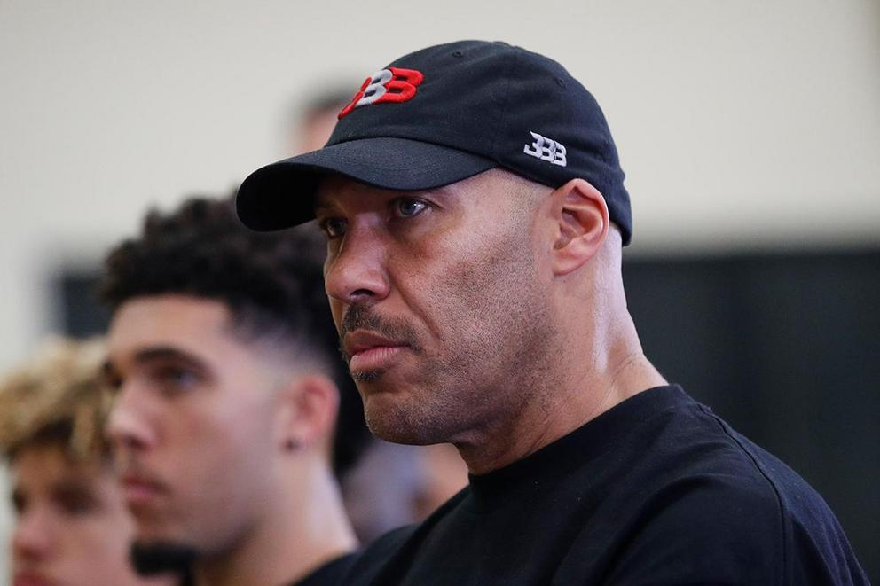 Is LaVar Ball going to be a distraction for the Los Angeles Lakers?