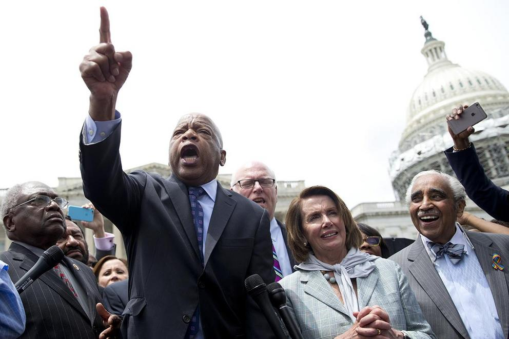 Should Congress be able to livestream protests?