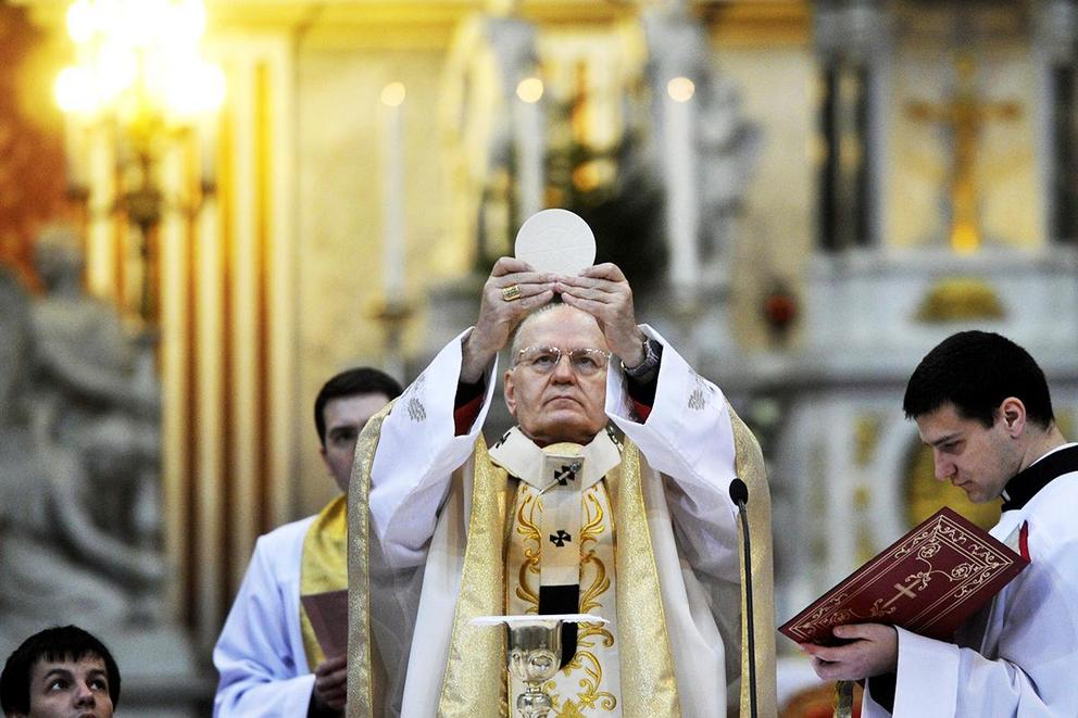 Should the Catholic Church allow married men to become priests?
