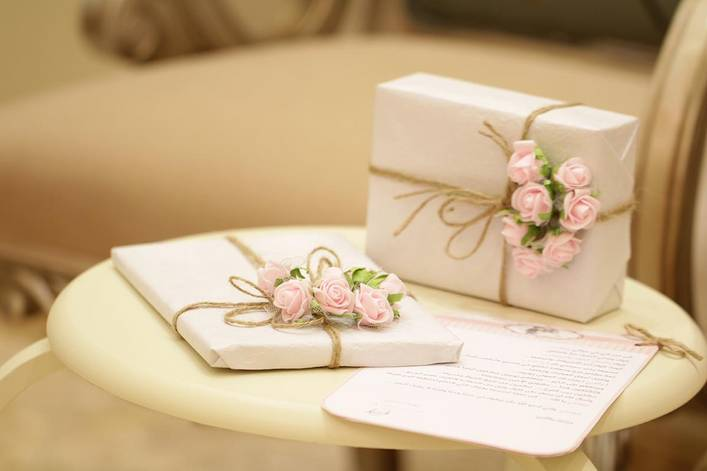 Do you always have to buy a wedding gift?