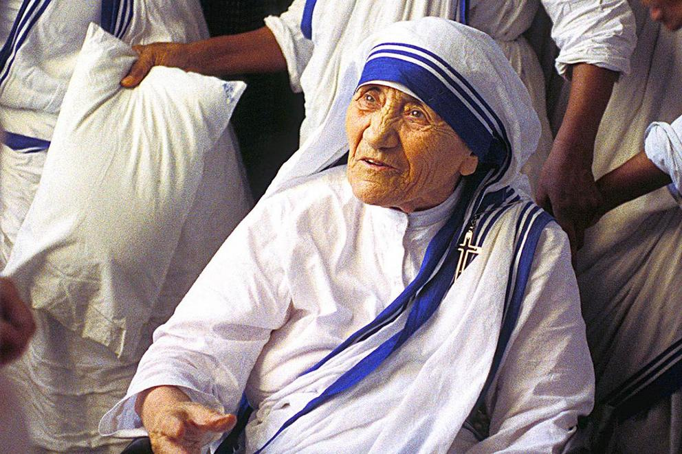 Does Mother Teresa deserve to be a Catholic saint?