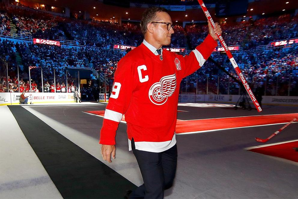Will Steve Yzerman save the Detroit Red Wings?