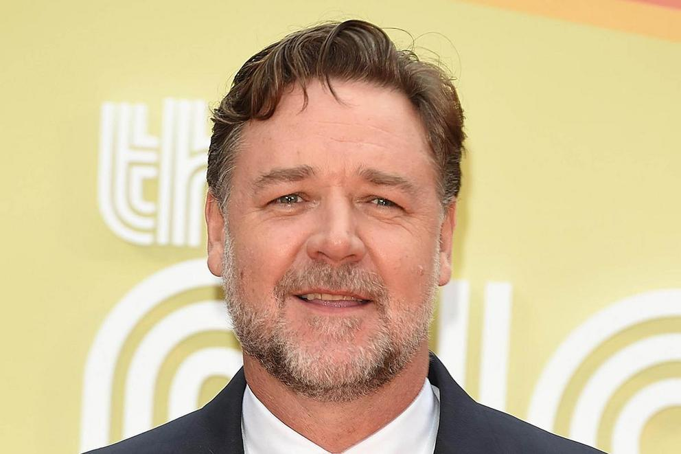 Russell Crowe's best movie: 'Gladiator' or 'A Beautiful Mind'?