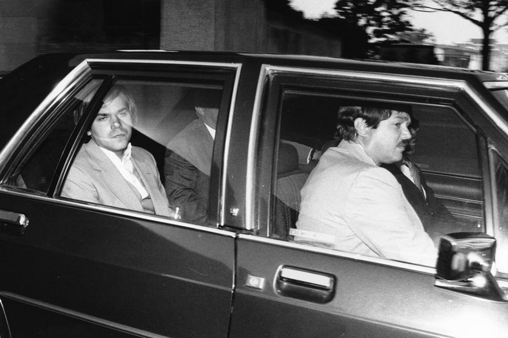 Should the man who shot Ronald Reagan go free?