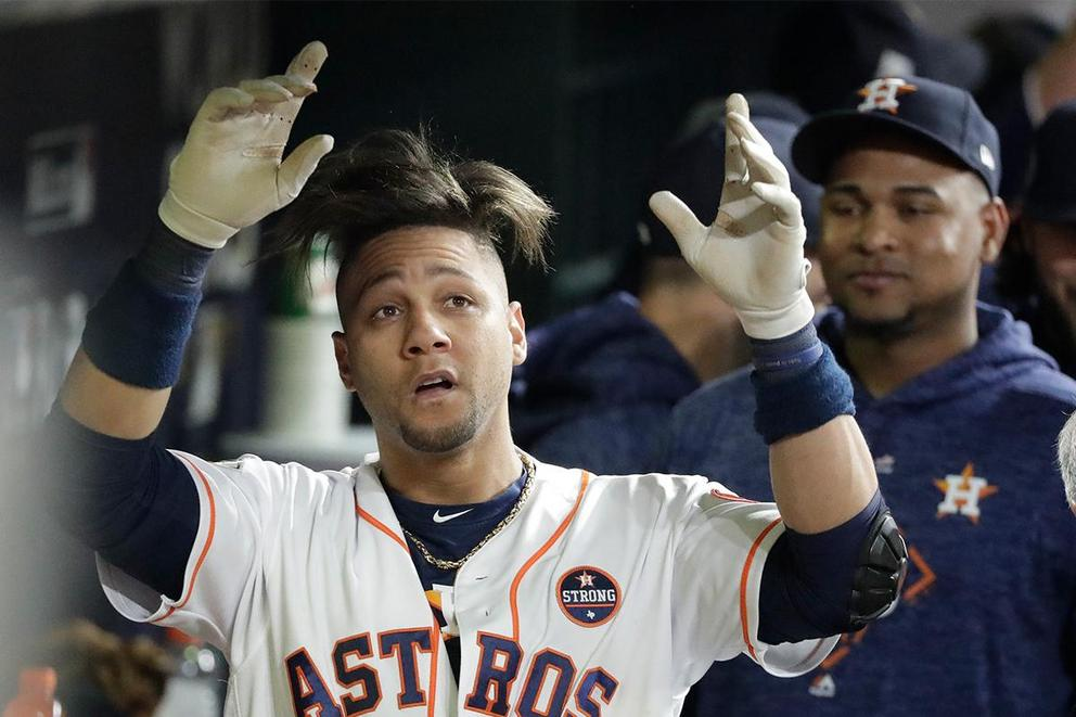 Should Yulieski Gurriel have played in the World Series after making a racist gesture?
