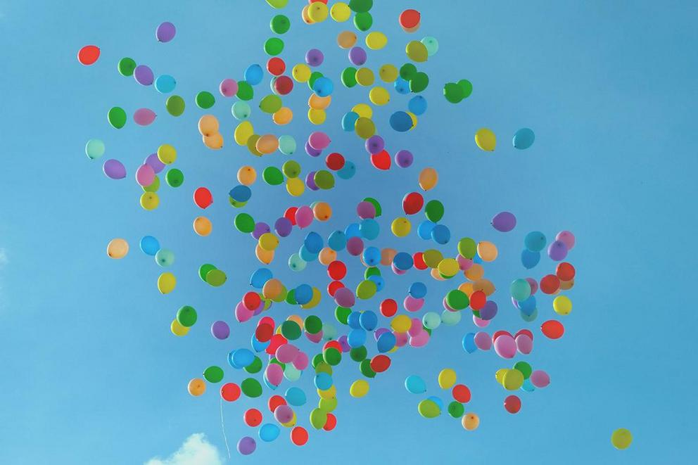 Should balloons be banned?